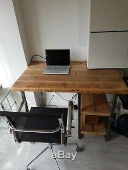 Quality Reclaimed Wood, Industrial Chic, Rustic PC Table, Computer Desk, writing
